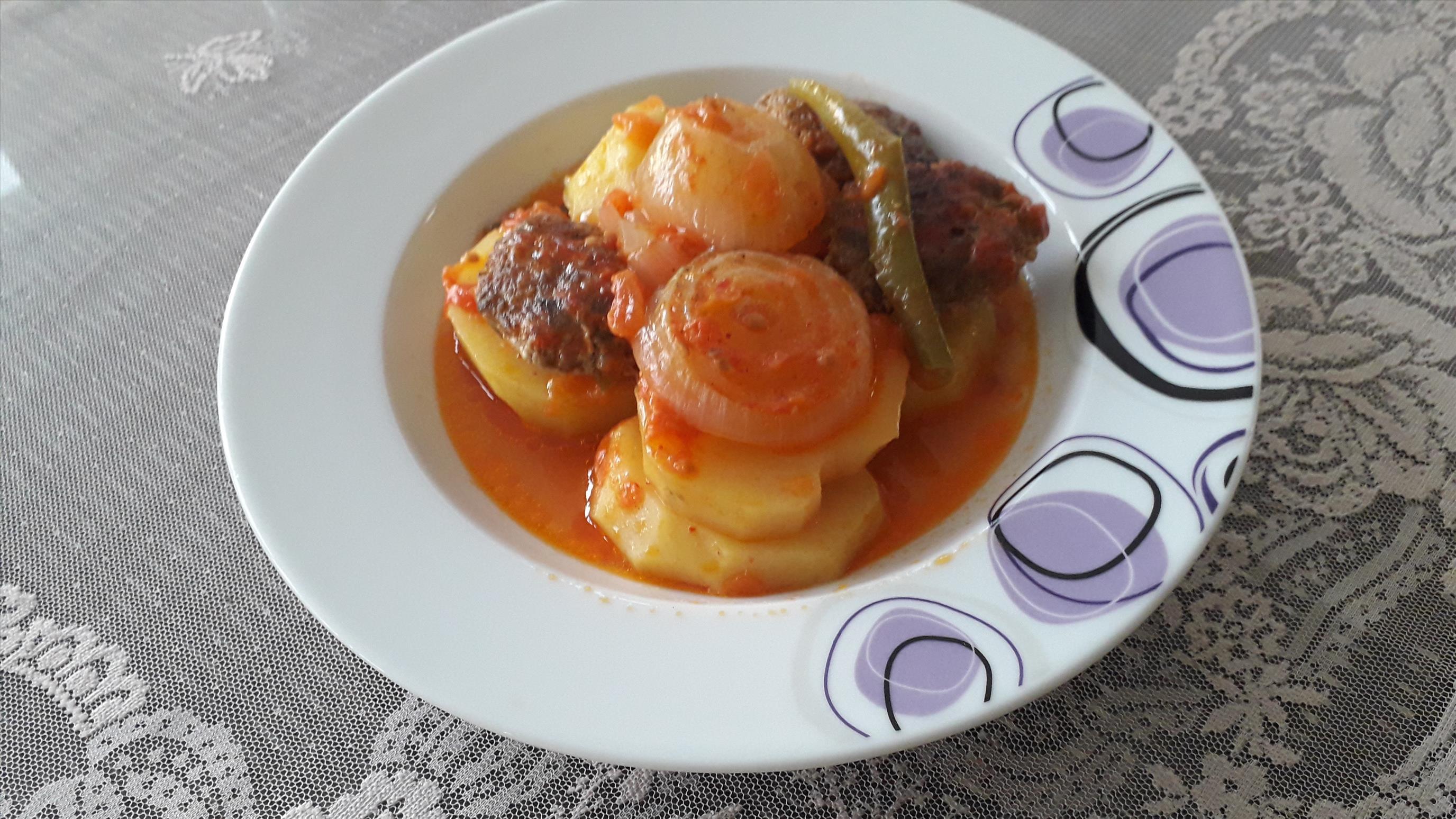Soğanlı, Köfteli Patates Kebap