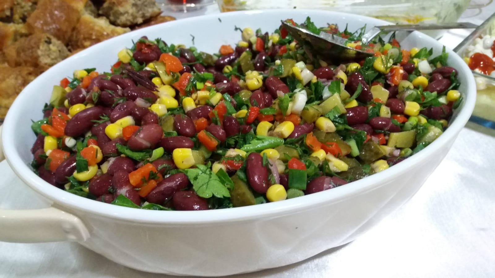 Maş Fasulyesi Salatası
