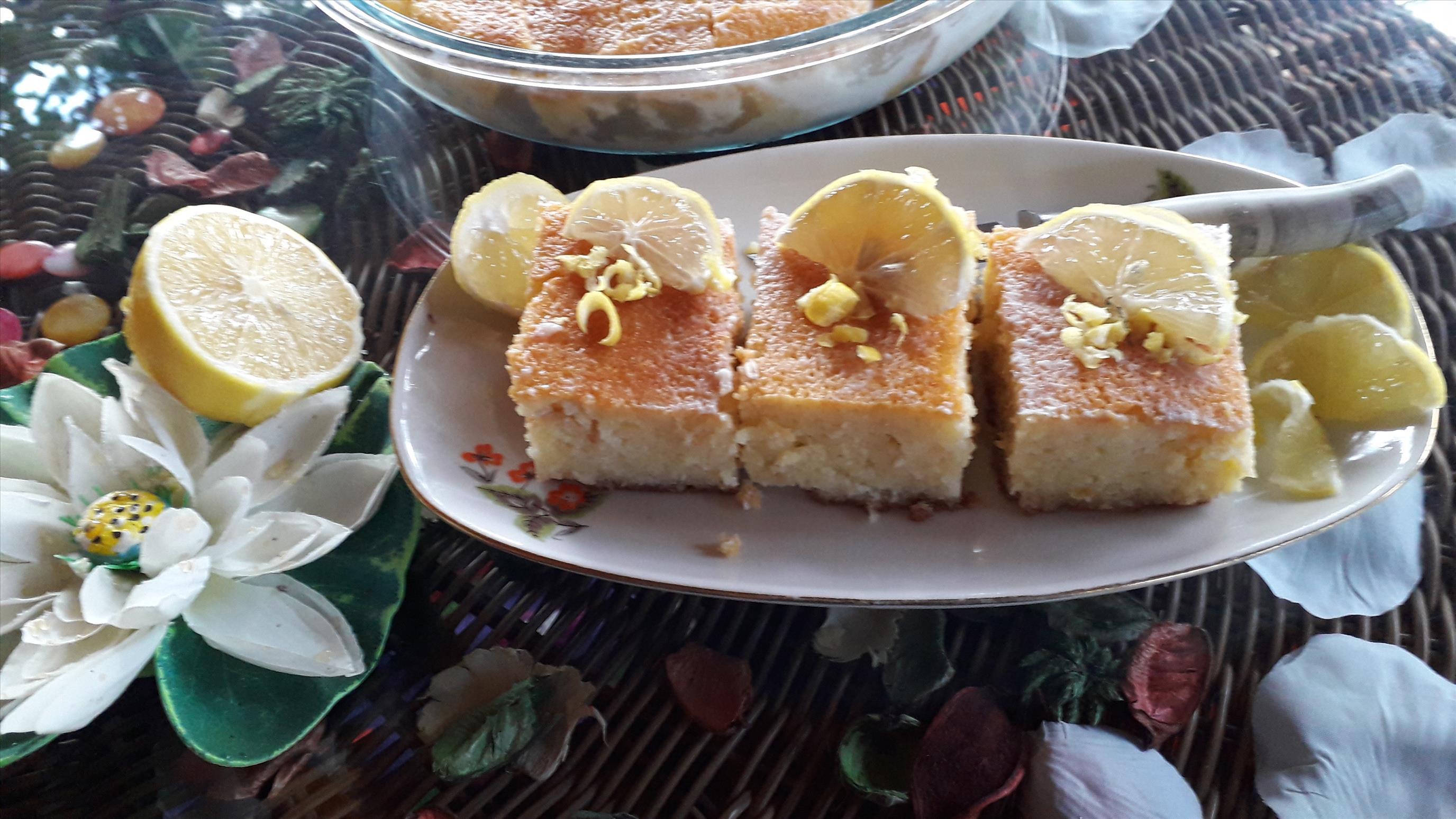 Süt Soslu Limonlu Kek