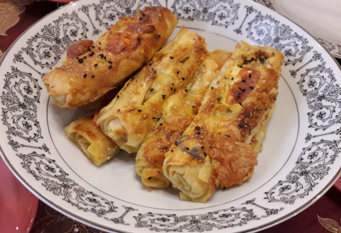 Çerkez Peynirli Börek