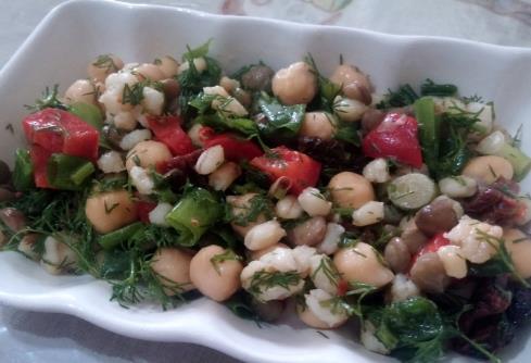 Kuru Baklagil Salatası